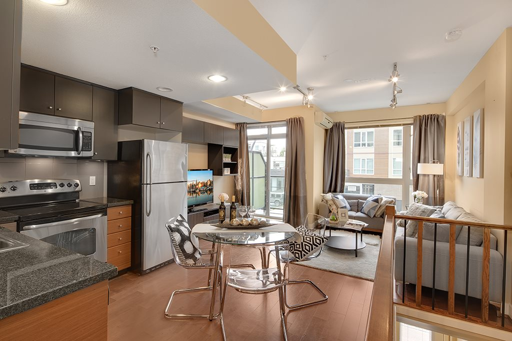 Townhouse at 2 728 W 14TH STREET, Unit 2, North Vancouver, British Columbia. Image 6