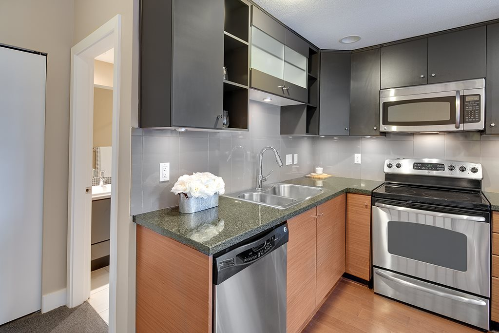 Townhouse at 2 728 W 14TH STREET, Unit 2, North Vancouver, British Columbia. Image 12