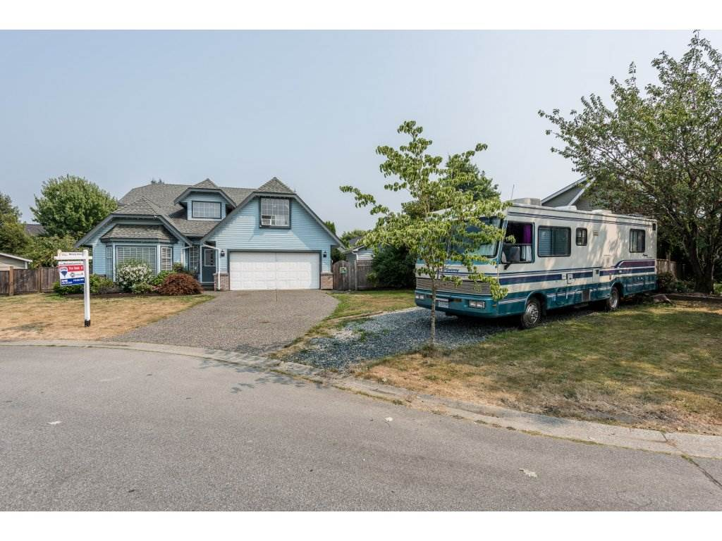 Detached at 18843 63A AVENUE, Cloverdale, British Columbia. Image 1