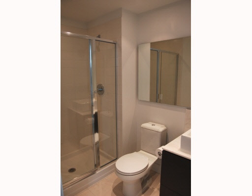 Condo Apartment at 202 4808 HAZEL STREET, Unit 202, Burnaby South, British Columbia. Image 5
