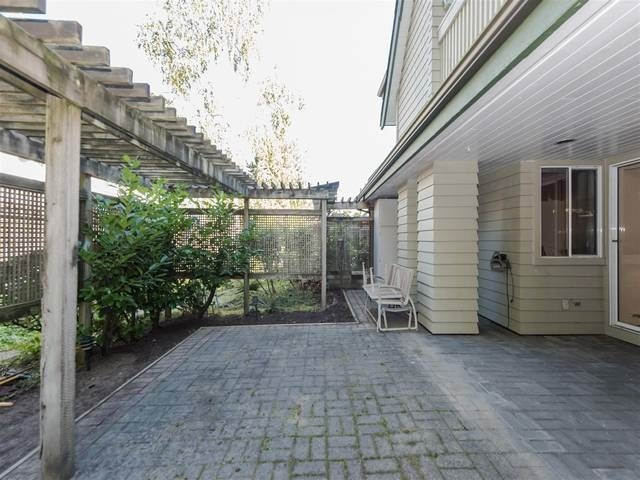 Townhouse at 3980 CREEKSIDE PLACE, Burnaby South, British Columbia. Image 10