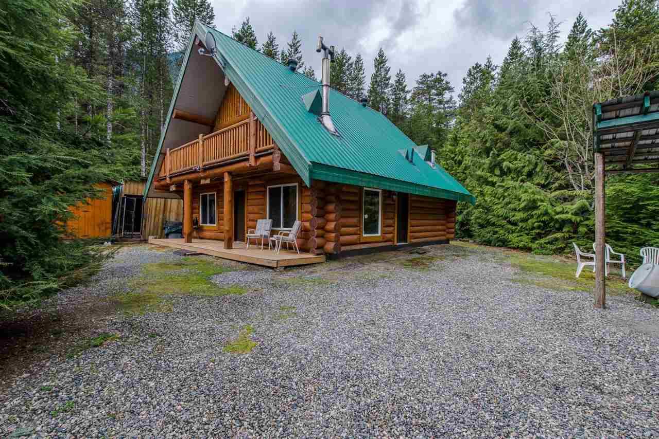 Detached at 5303 PAULSEN ROAD, Sardis, British Columbia. Image 2