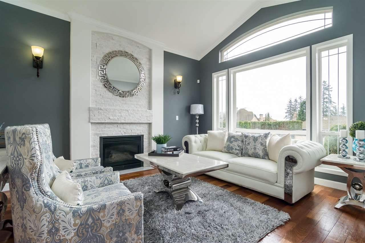 Detached at 5537 185A STREET, Cloverdale, British Columbia. Image 5