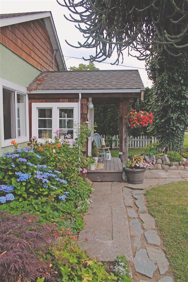 Detached at 9601 ROBSON STREET, Chilliwack, British Columbia. Image 7