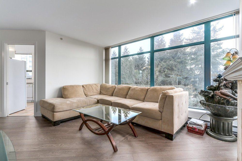 Condo Apartment at 203 4567 HAZEL STREET, Unit 203, Burnaby South, British Columbia. Image 7