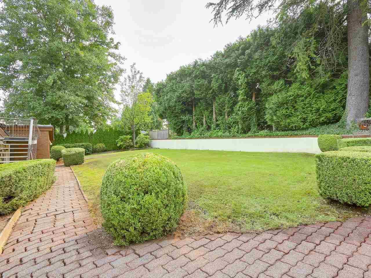 Detached at 7466 WHELEN COURT, Burnaby South, British Columbia. Image 20