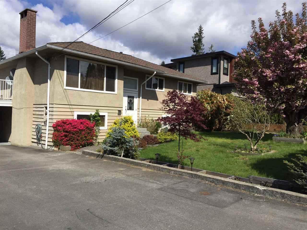 Detached at 484 DRAYCOTT STREET, Coquitlam, British Columbia. Image 2