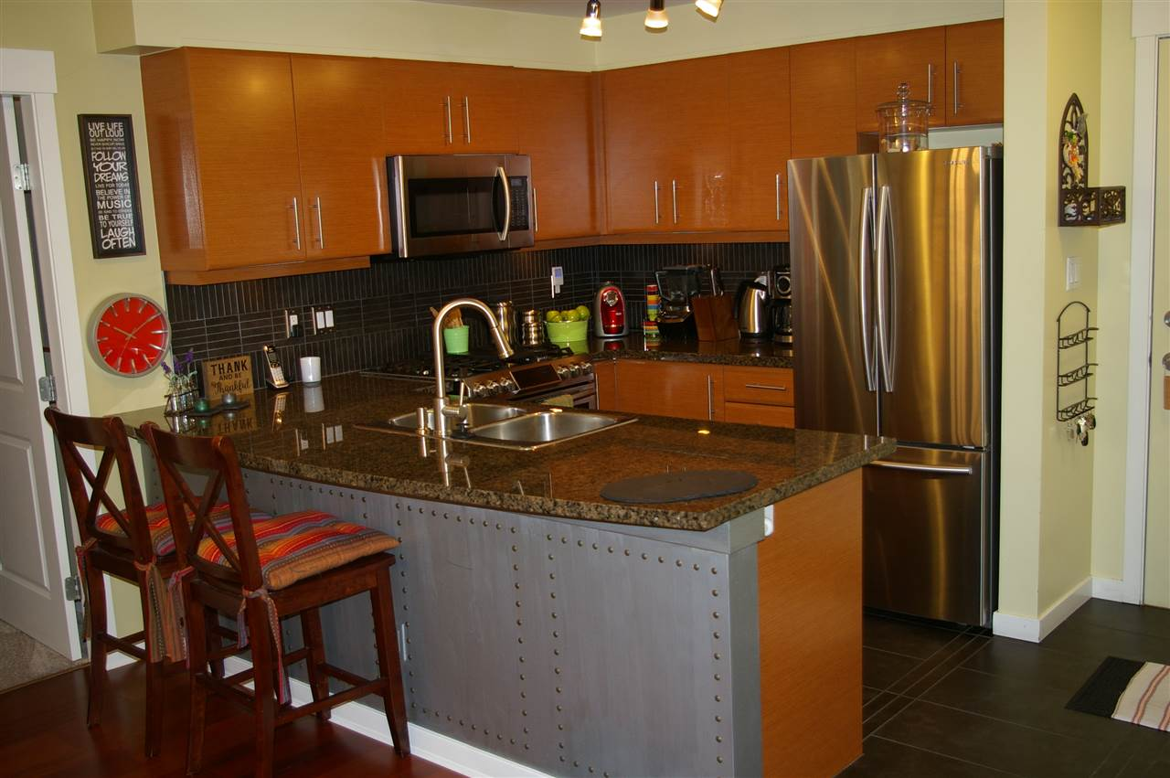 Condo Apartment at 108 1704 56 STREET, Unit 108, Tsawwassen, British Columbia. Image 3