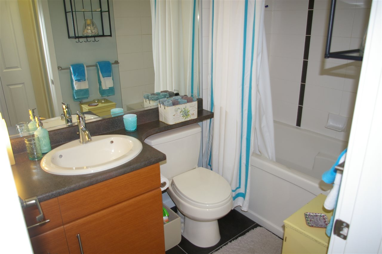 Condo Apartment at 108 1704 56 STREET, Unit 108, Tsawwassen, British Columbia. Image 12
