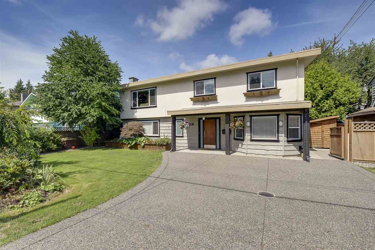 Detached at 5389 45 AVENUE, Ladner, British Columbia. Image 1