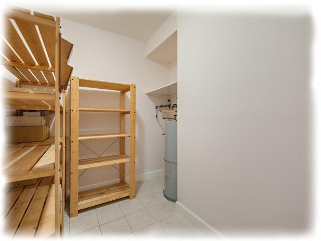 Condo Apartment at 209 4111 BAYVIEW STREET, Unit 209, Richmond, British Columbia. Image 9