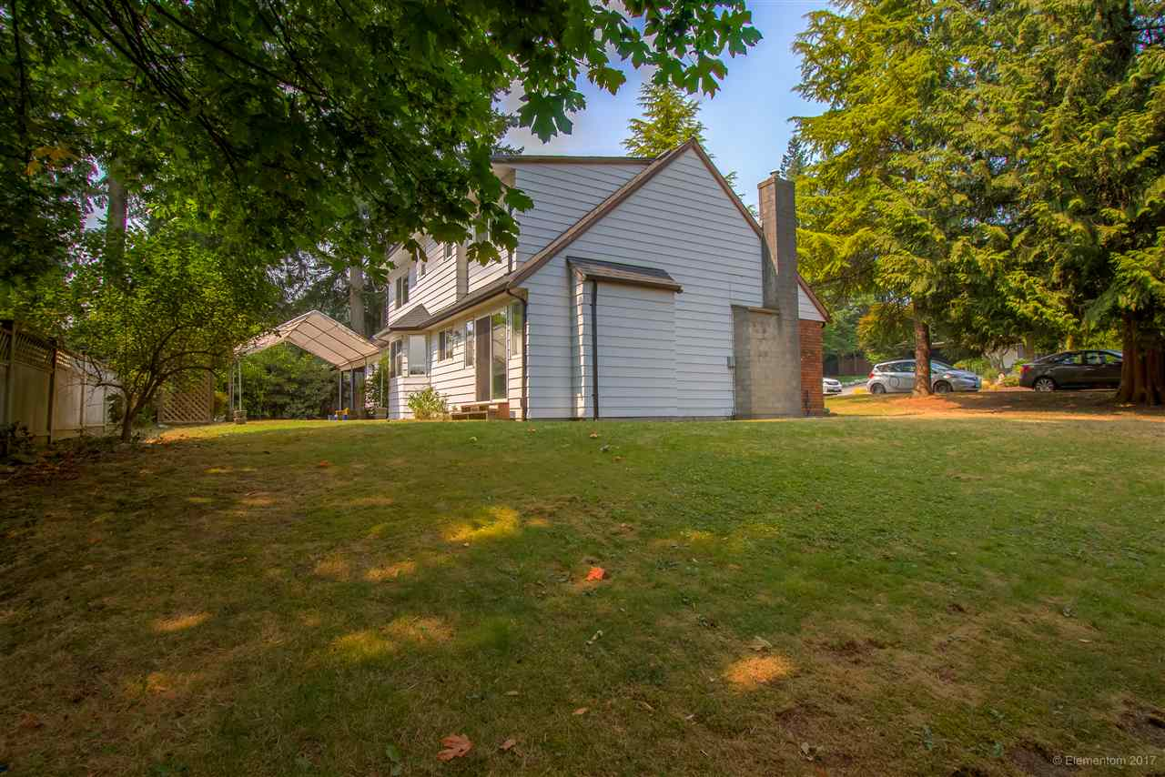 Detached at 2509 BENDALE ROAD, North Vancouver, British Columbia. Image 3
