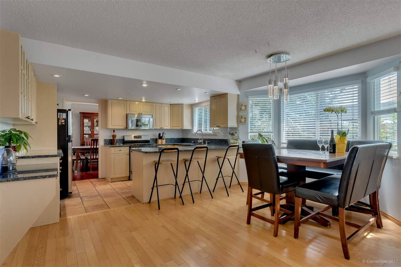 Detached at 2509 BENDALE ROAD, North Vancouver, British Columbia. Image 10