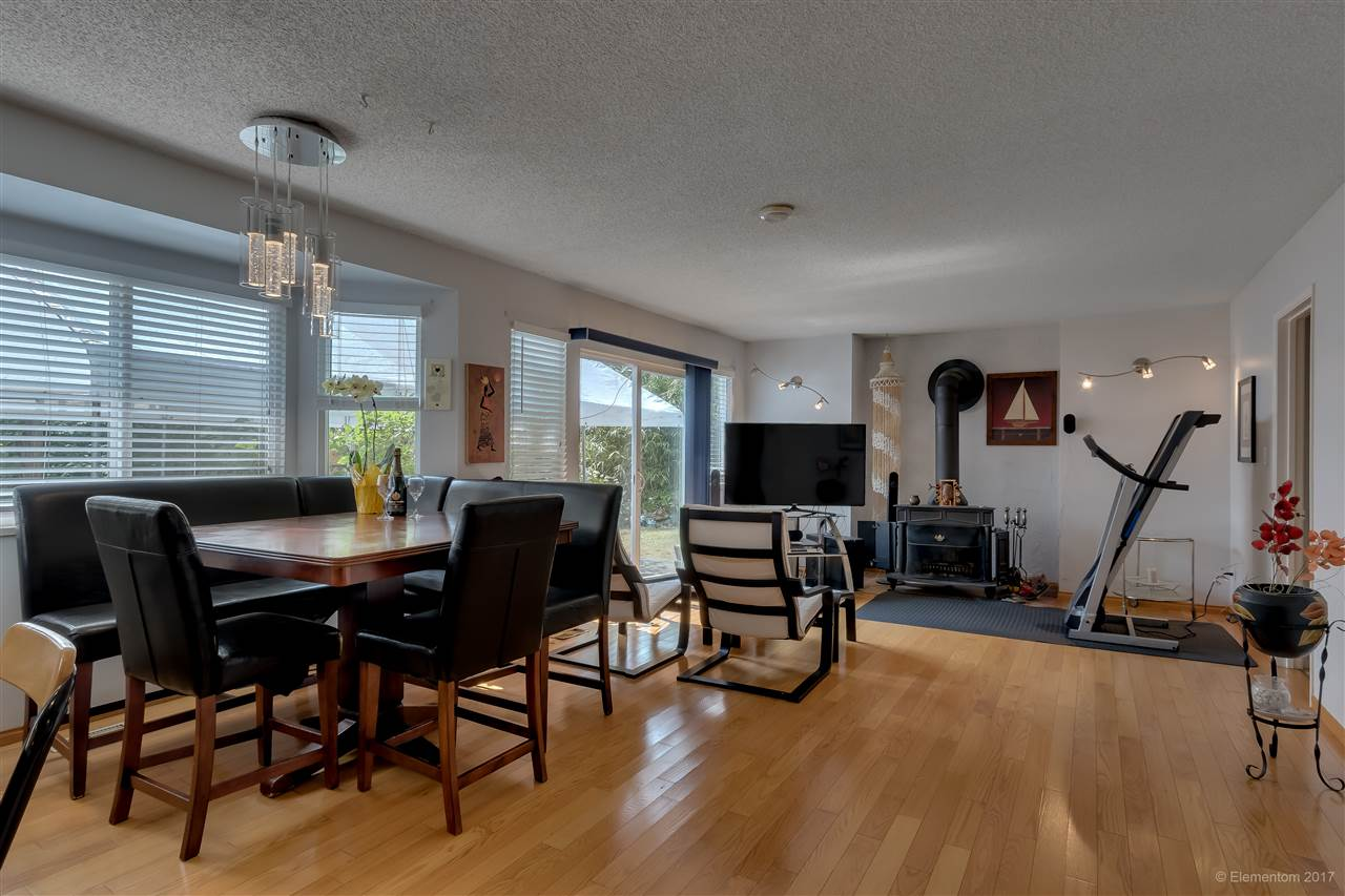 Detached at 2509 BENDALE ROAD, North Vancouver, British Columbia. Image 11