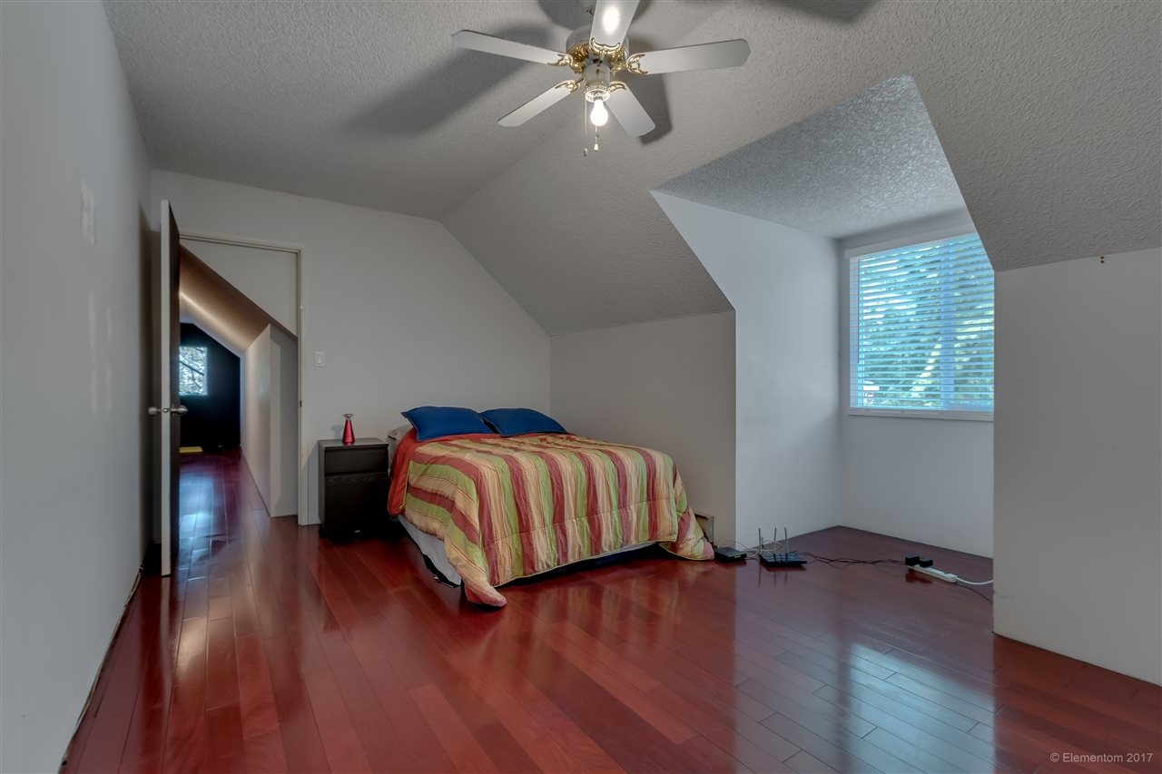 Detached at 2509 BENDALE ROAD, North Vancouver, British Columbia. Image 18