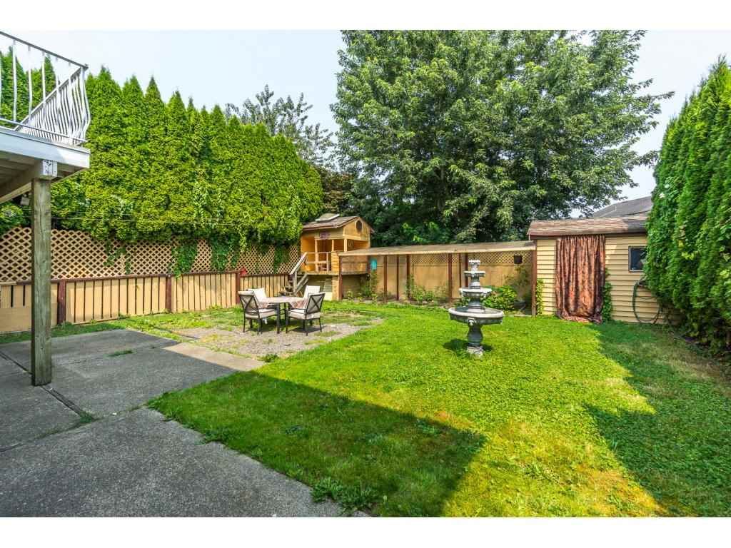 Detached at 45507 WELLINGTON AVENUE, Chilliwack, British Columbia. Image 19