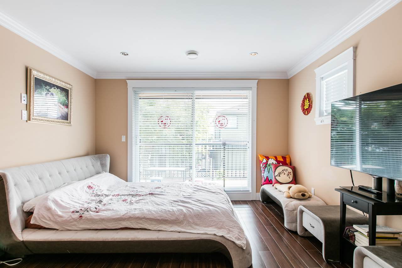 Detached at 3738 CARDIFF STREET, Burnaby South, British Columbia. Image 14