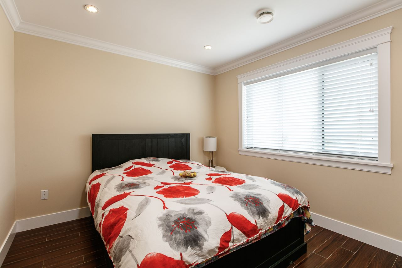 Detached at 3738 CARDIFF STREET, Burnaby South, British Columbia. Image 16