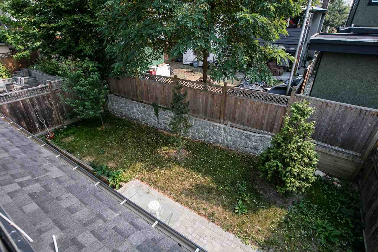 Detached at 3738 CARDIFF STREET, Burnaby South, British Columbia. Image 18