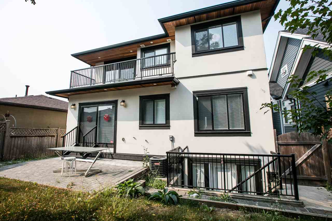 Detached at 3738 CARDIFF STREET, Burnaby South, British Columbia. Image 20