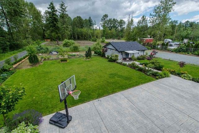 Detached at 5711 264 STREET, Langley, British Columbia. Image 9