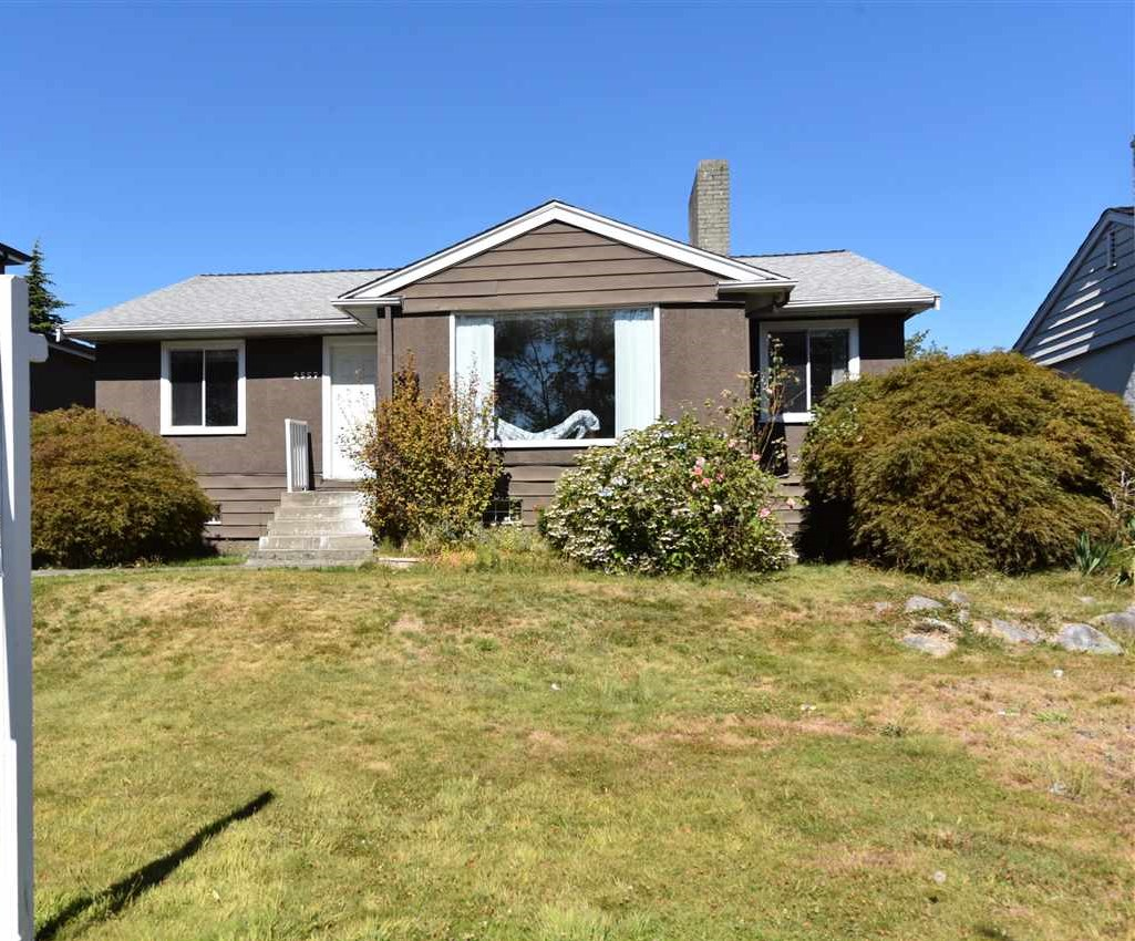 Detached at 2557 W KING EDWARD AVENUE, Vancouver West, British Columbia. Image 1