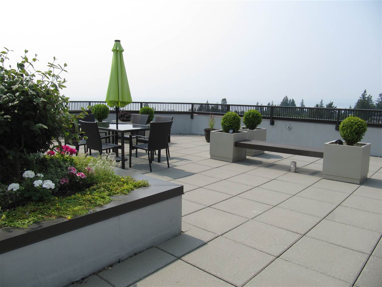 Condo Apartment at 204 1480 FOSTER STREET, Unit 204, South Surrey White Rock, British Columbia. Image 16