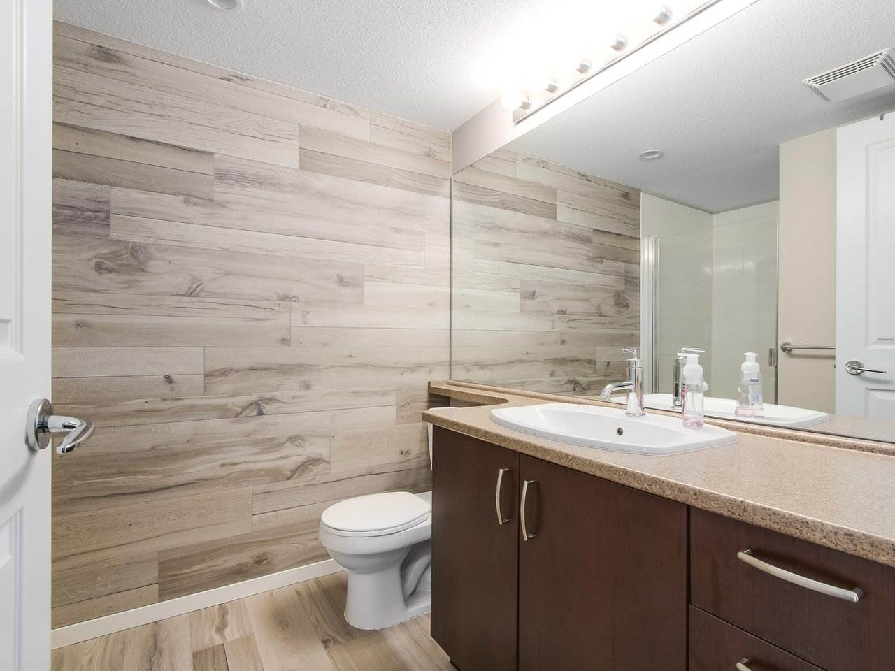 Townhouse at 42 8355 DELSOM WAY, Unit 42, N. Delta, British Columbia. Image 19