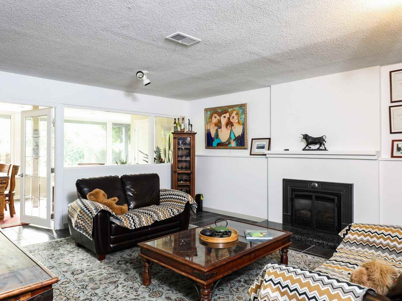 Detached at 617 SILVERDALE PLACE, North Vancouver, British Columbia. Image 12