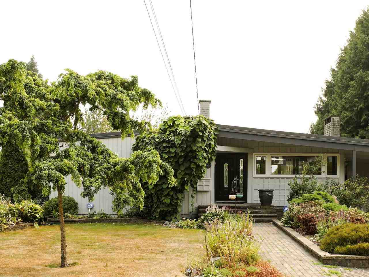Detached at 617 SILVERDALE PLACE, North Vancouver, British Columbia. Image 20