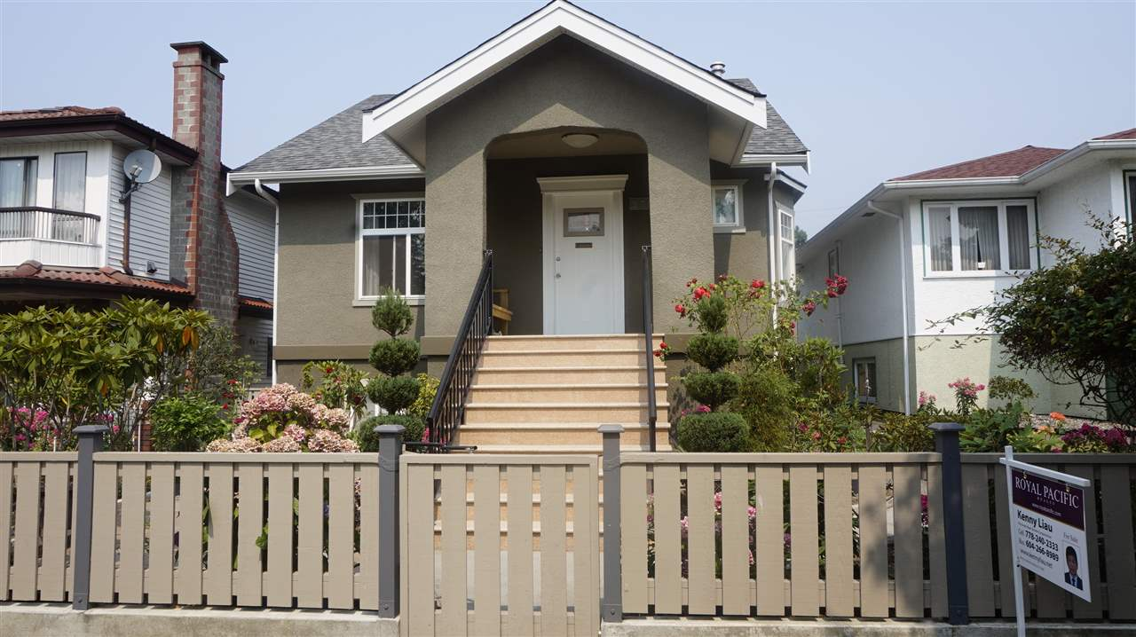 Detached at 2755 E 2ND AVENUE, Vancouver East, British Columbia. Image 1