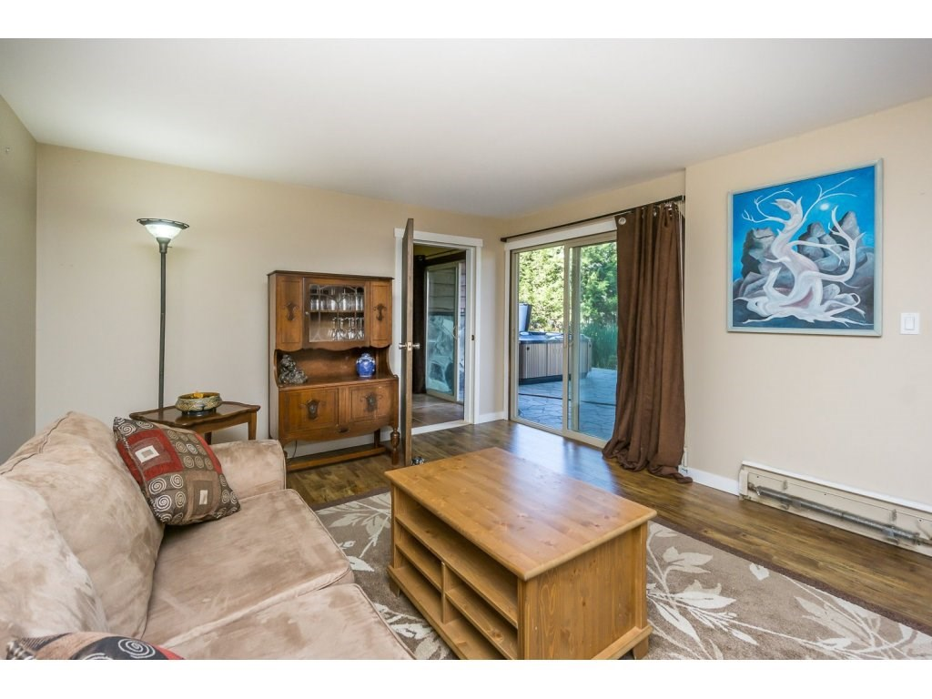 Detached at 181 CLOVERMEADOW CRESCENT, Langley, British Columbia. Image 12
