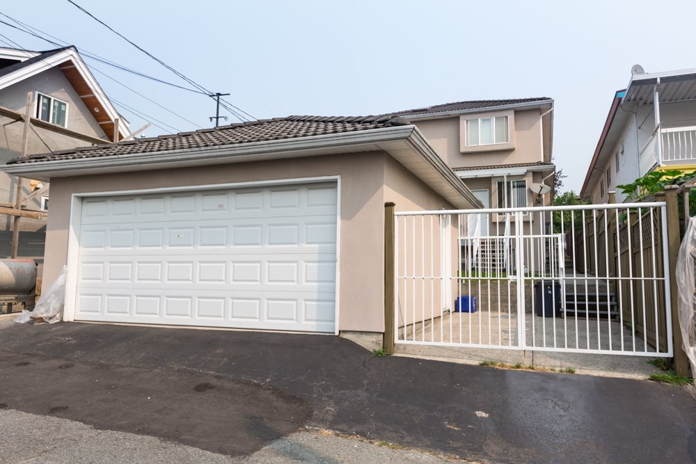 Detached at 2786 E 7TH AVENUE, Vancouver East, British Columbia. Image 3