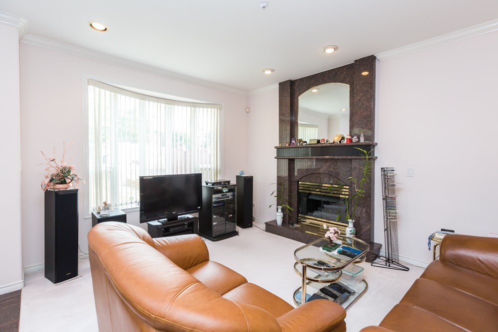 Detached at 2786 E 7TH AVENUE, Vancouver East, British Columbia. Image 4