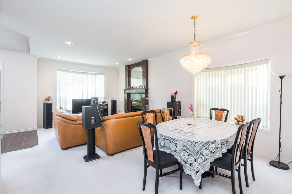 Detached at 2786 E 7TH AVENUE, Vancouver East, British Columbia. Image 5