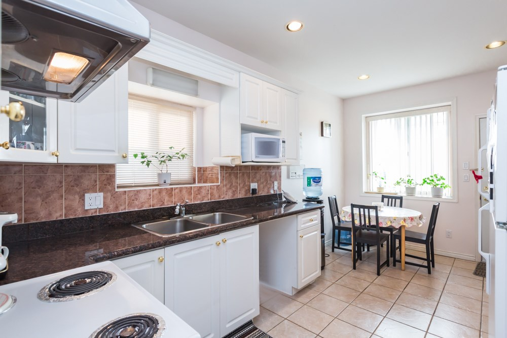 Detached at 2786 E 7TH AVENUE, Vancouver East, British Columbia. Image 9