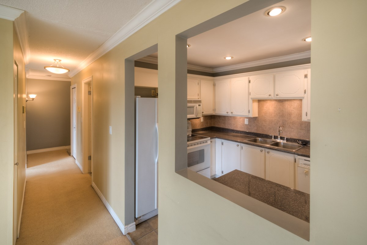 Condo Apartment at 309 625 HAMILTON STREET, Unit 309, New Westminster, British Columbia. Image 2