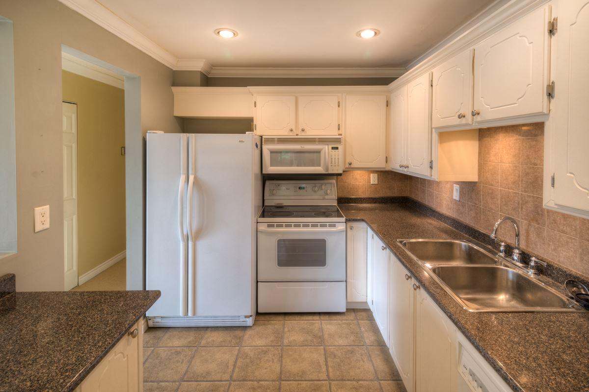 Condo Apartment at 309 625 HAMILTON STREET, Unit 309, New Westminster, British Columbia. Image 4