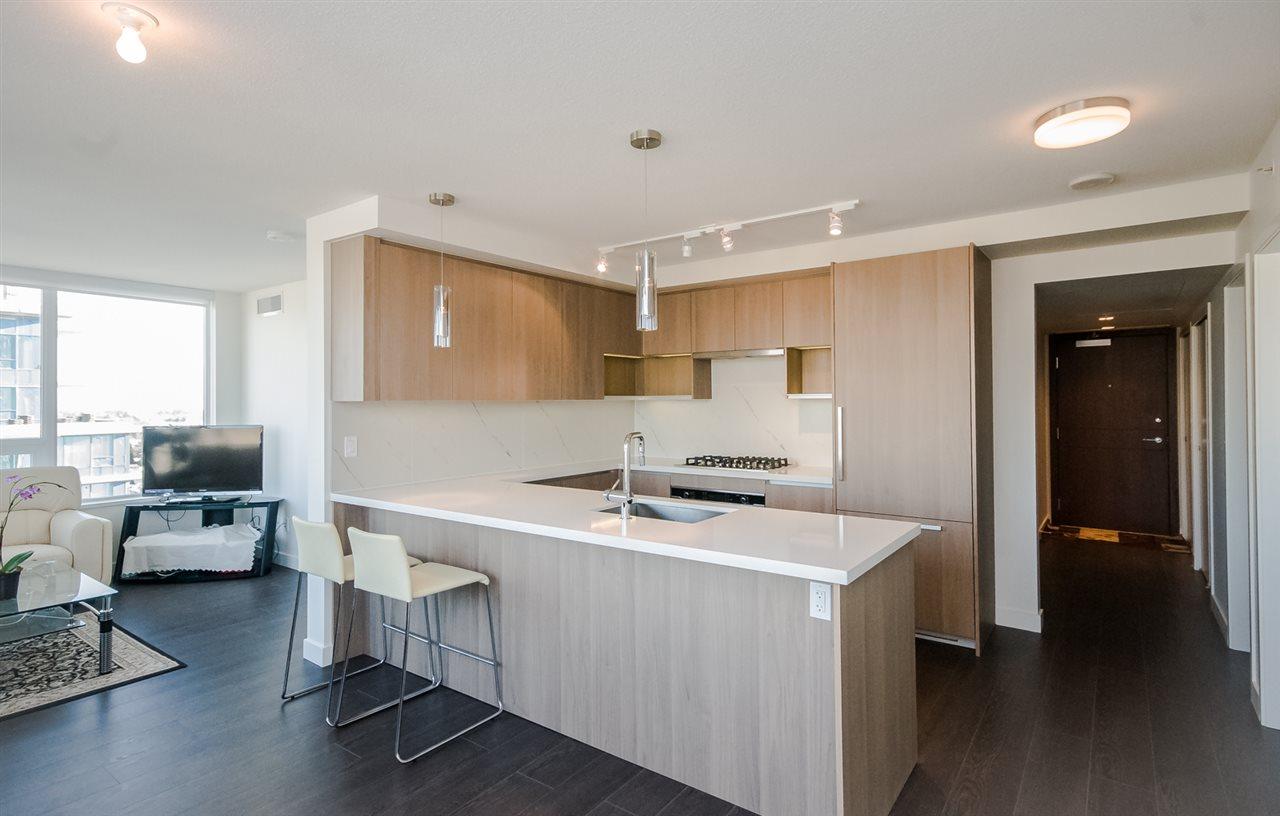 Condo Apartment at 1806 8833 HAZELBRIDGE WAY, Unit 1806, Richmond, British Columbia. Image 6