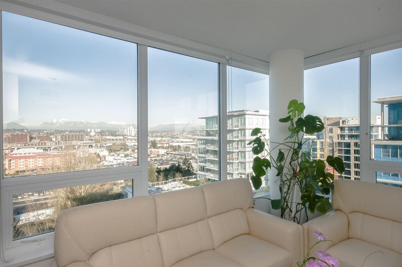 Condo Apartment at 1806 8833 HAZELBRIDGE WAY, Unit 1806, Richmond, British Columbia. Image 12