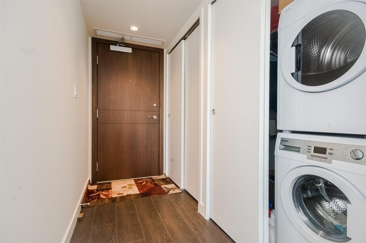Condo Apartment at 1806 8833 HAZELBRIDGE WAY, Unit 1806, Richmond, British Columbia. Image 18