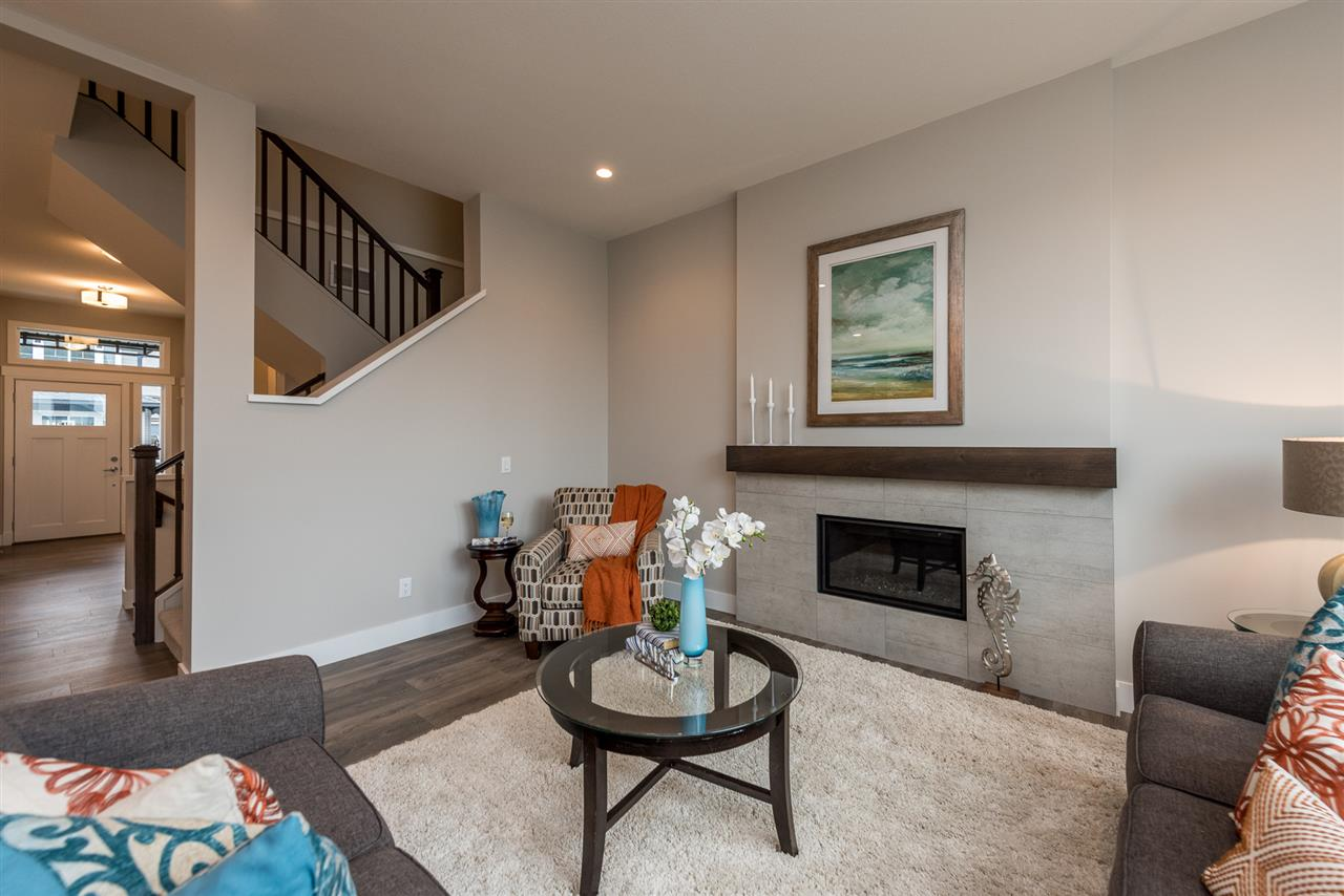 Detached at 20373 82A AVENUE, Langley, British Columbia. Image 8