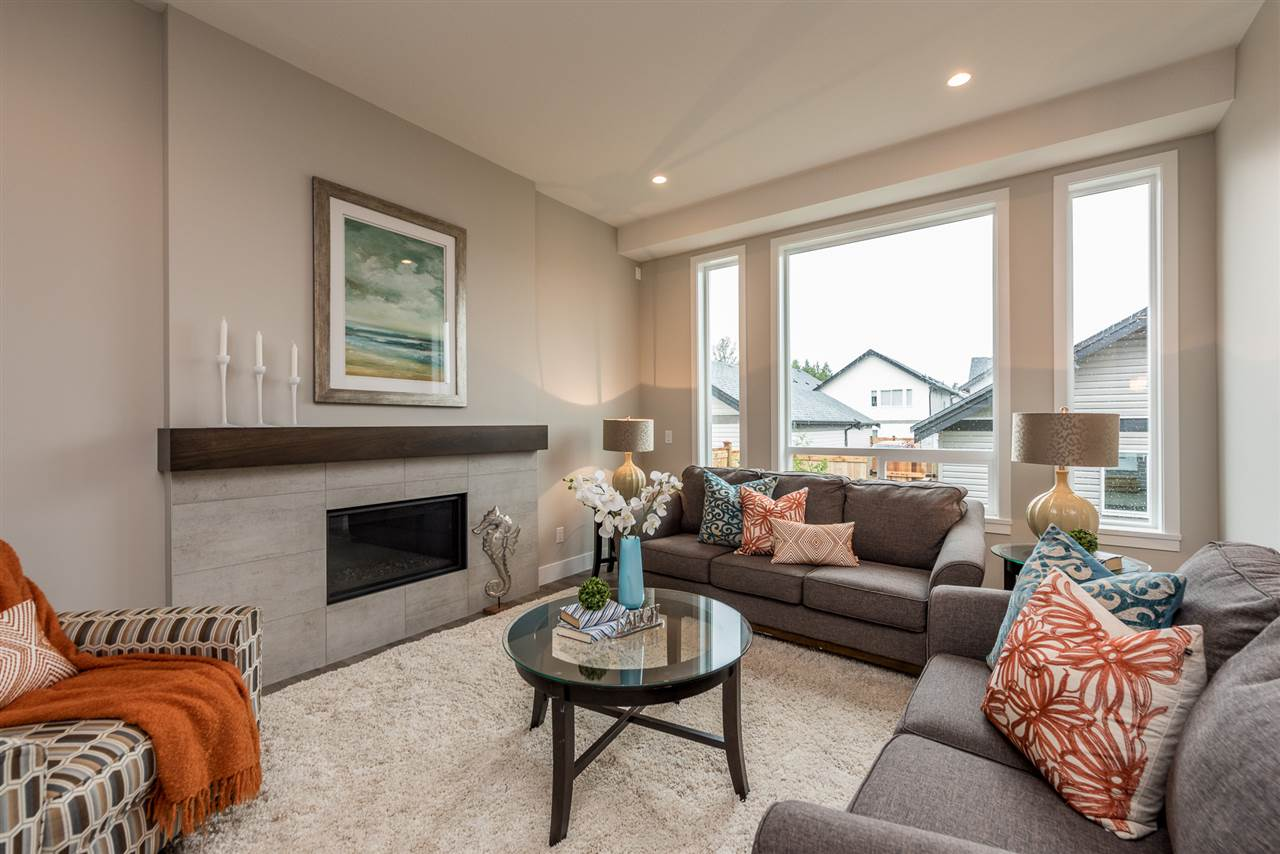Detached at 20373 82A AVENUE, Langley, British Columbia. Image 9