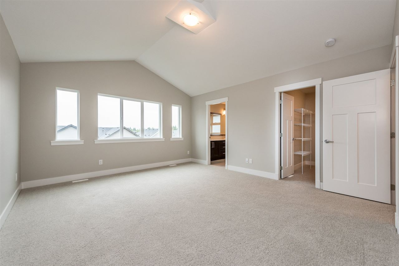 Detached at 20373 82A AVENUE, Langley, British Columbia. Image 14