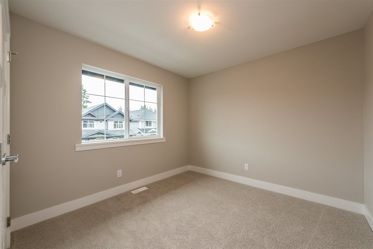 Detached at 20373 82A AVENUE, Langley, British Columbia. Image 17