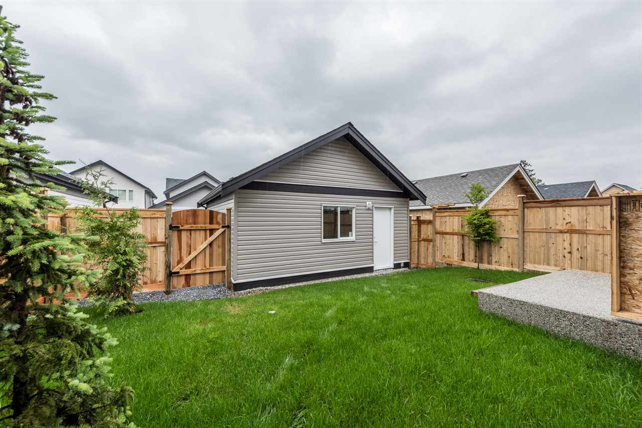 Detached at 20373 82A AVENUE, Langley, British Columbia. Image 19