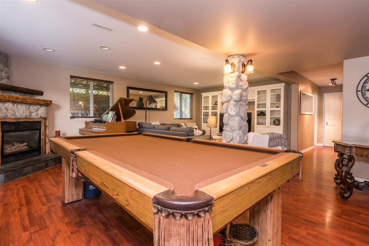 Detached at 7996 D'HERBOMEZ DRIVE, Mission, British Columbia. Image 16