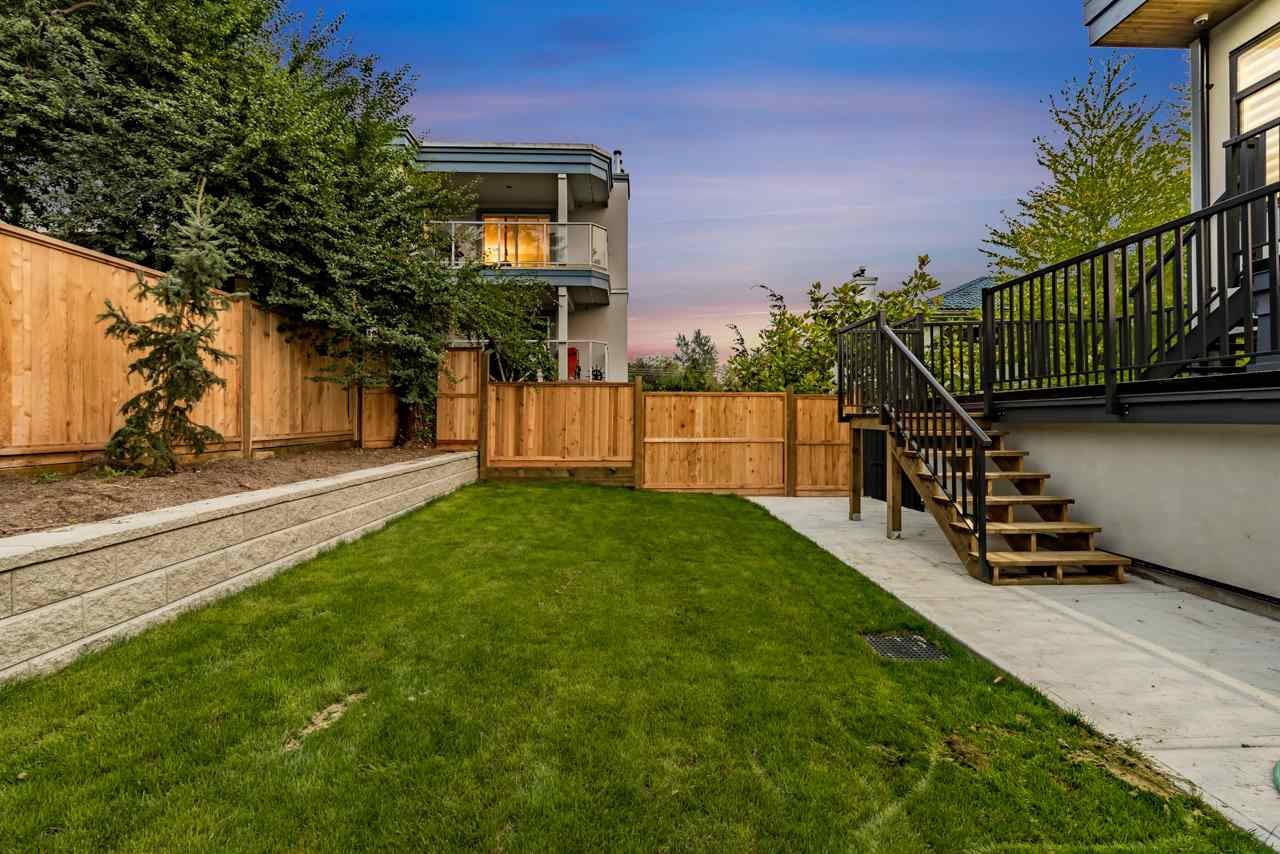Detached at 828 HABGOOD STREET, South Surrey White Rock, British Columbia. Image 6