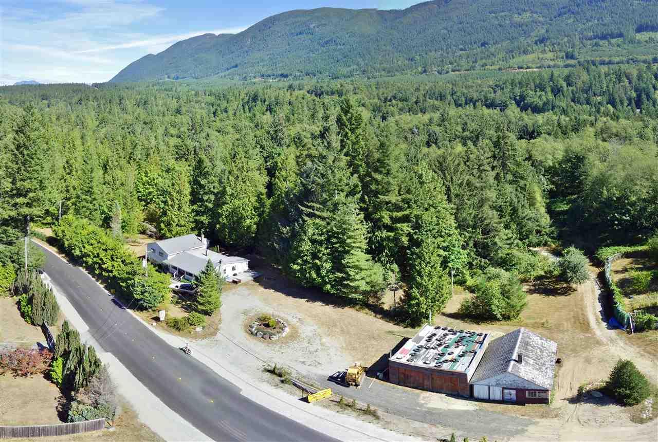 Detached at 6101 GARDEN BAY ROAD, Sunshine Coast, British Columbia. Image 1