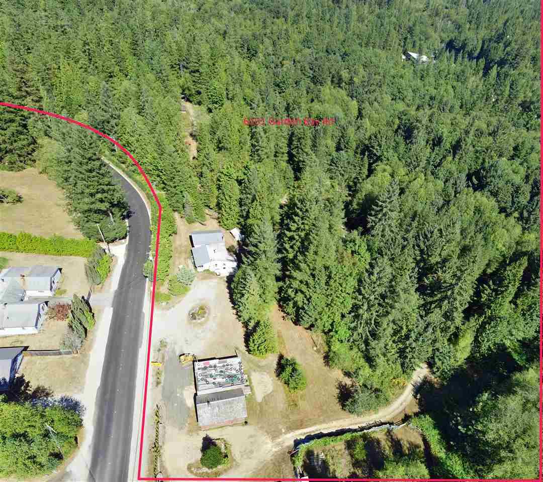 Detached at 6101 GARDEN BAY ROAD, Sunshine Coast, British Columbia. Image 20